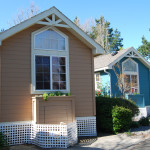 "The Advantages and Disadvantages of Living in ""Mini"" Homes"